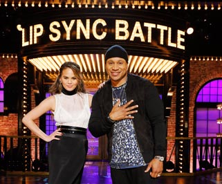 LL-Cool-J-y-Chrissy-Teigen-Lip-Sync-Battle-S3-Comedy-Central