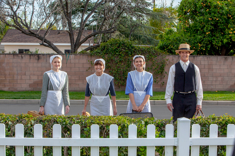 LIFETIME-ESPECIAL-AMISH-EXPECTING-AMISH-1