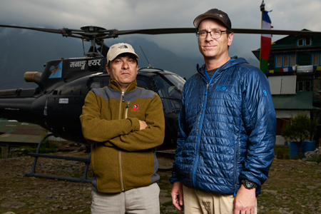 Rescates-en-el-Everest