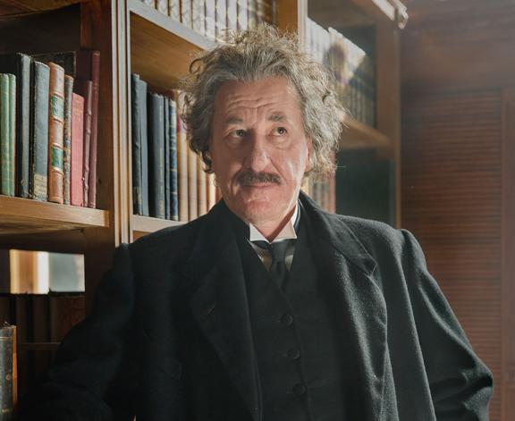 Geoffrey-Rush-es-Einstein-en-GENIUS-National-Geographic