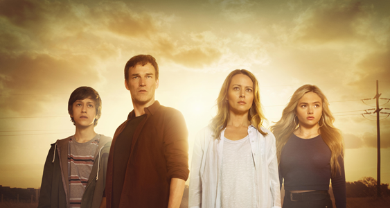 Percy-Hynes-White-es-Andy-Stephen-Moyer-es-Reed-Amy-Acker-es-Caitlin-y-Natalie-Alyn-Lind-es-Lauren-The-Gifted-FOX
